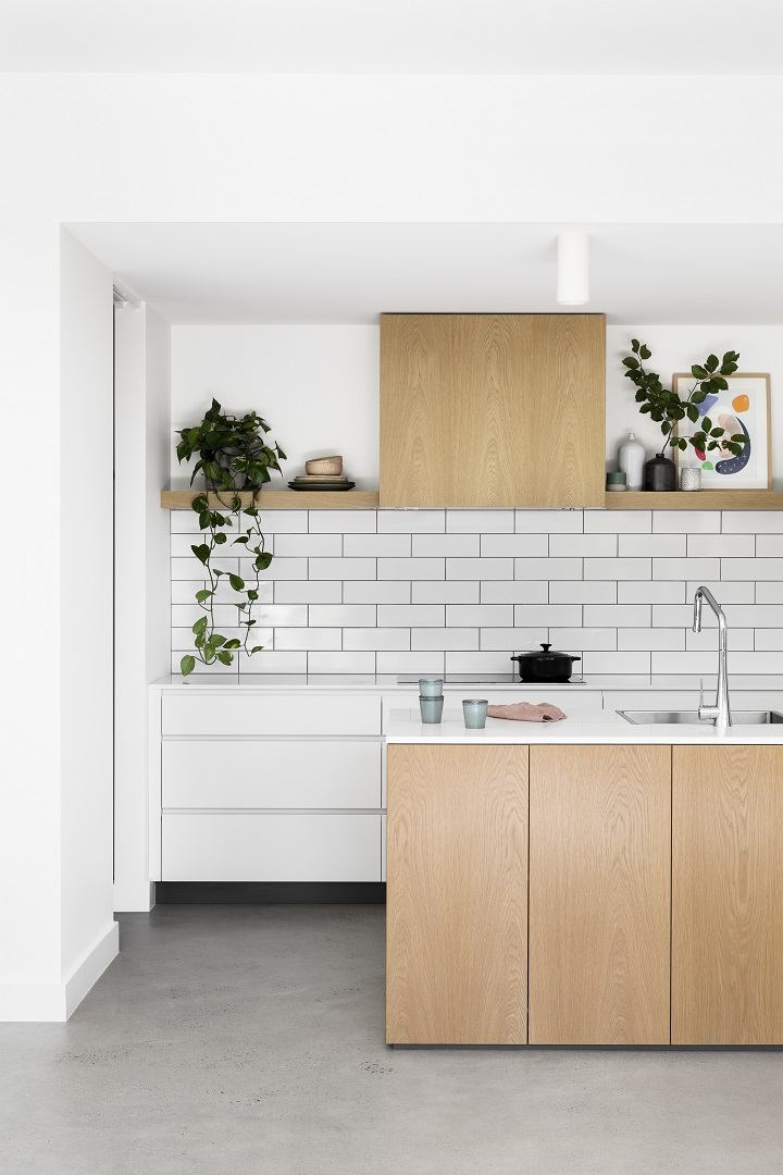 -Cantilever Interiors_Custom Kitchen_Bloomfield Rd_Photo credit Martina Gemmola, Styling Ruth Welsby_04.jpg
