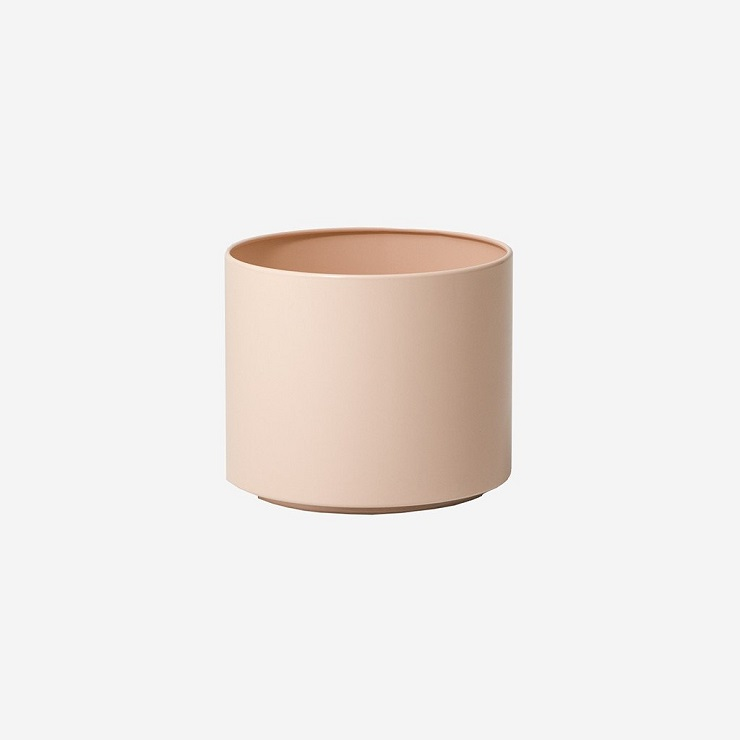 Simple Form |  Benny Planter Powder $165