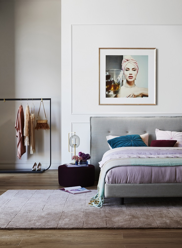 Lucia - is a fresh take on the best-selling Rupert flanged bedhead which has been updated with the central row of toggles made from timber and leather. The beautifully textured Pinnacle gull pure linen further complements Lucia's relaxed elegance. Lucia flanged bedhead with upholstered base : $3285