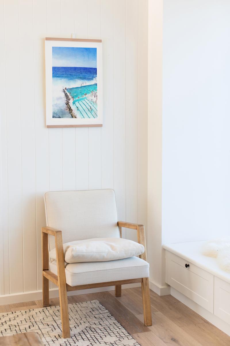 HANGAR easy wall art solution