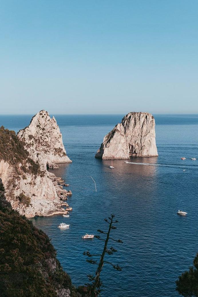 Dan Castano -   F araglioni, Capri