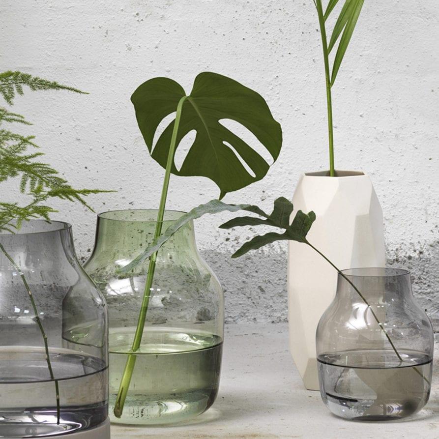 Lightly Design -  Silent Vase