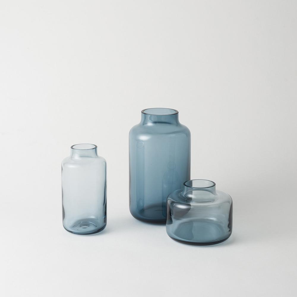 RJ Living -  Magnolia Vase Blue