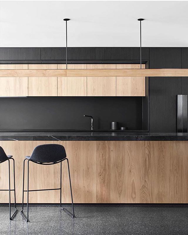 Timber & Black Kitchen by @mckimm so sleek 🖤 #project346 Styling @beaandcostyle Assist @aboutkp  Photography @davekulesza @michaeloulton