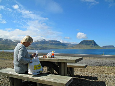 Picnic lunch with the staggering Kikjufell (Church) Mountain in the distance