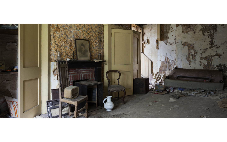 Farmhouse Manor