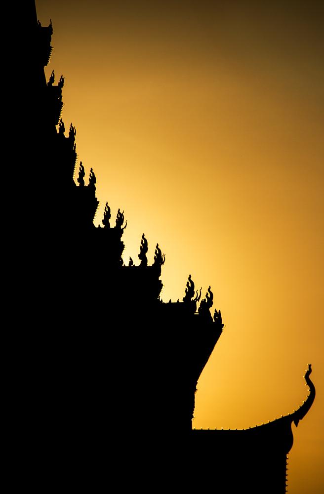 Cremation,-Phnom-Penh,-Cambodia.png