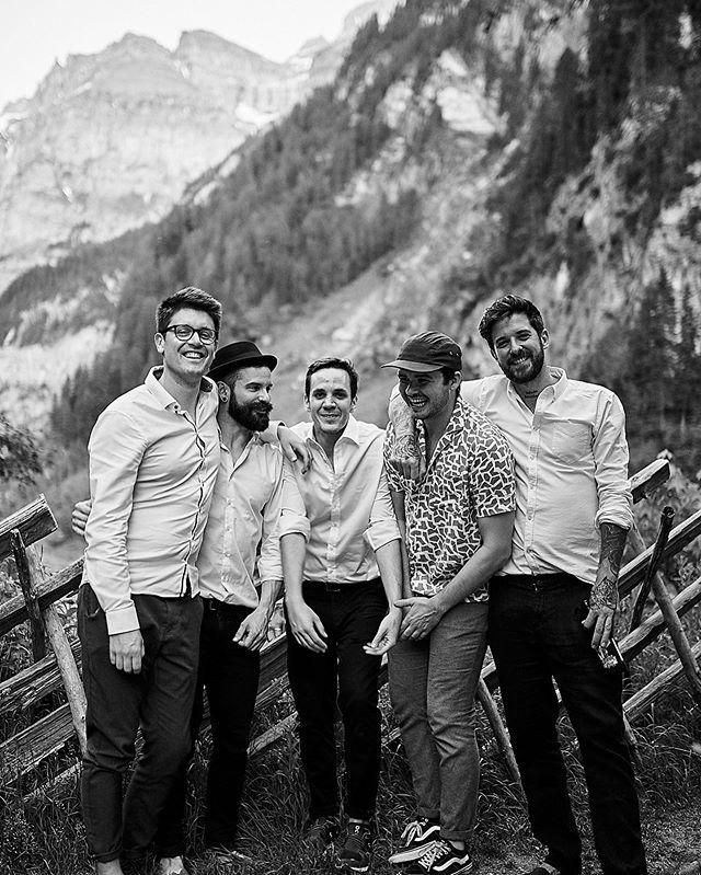zurück aus dem Urlaub mit knackigem Sonnenbrand. nächste gig: 10. August @voltabraeu CRAFT BEER FESTIVAL #band #baselmusic #switzerland #zurich #bern #rock #indie #bier #craftbier #ipa #mountains #white #black #livemusic #bandrock #weddingband #liveband #english #schwiz #basel🇨🇭