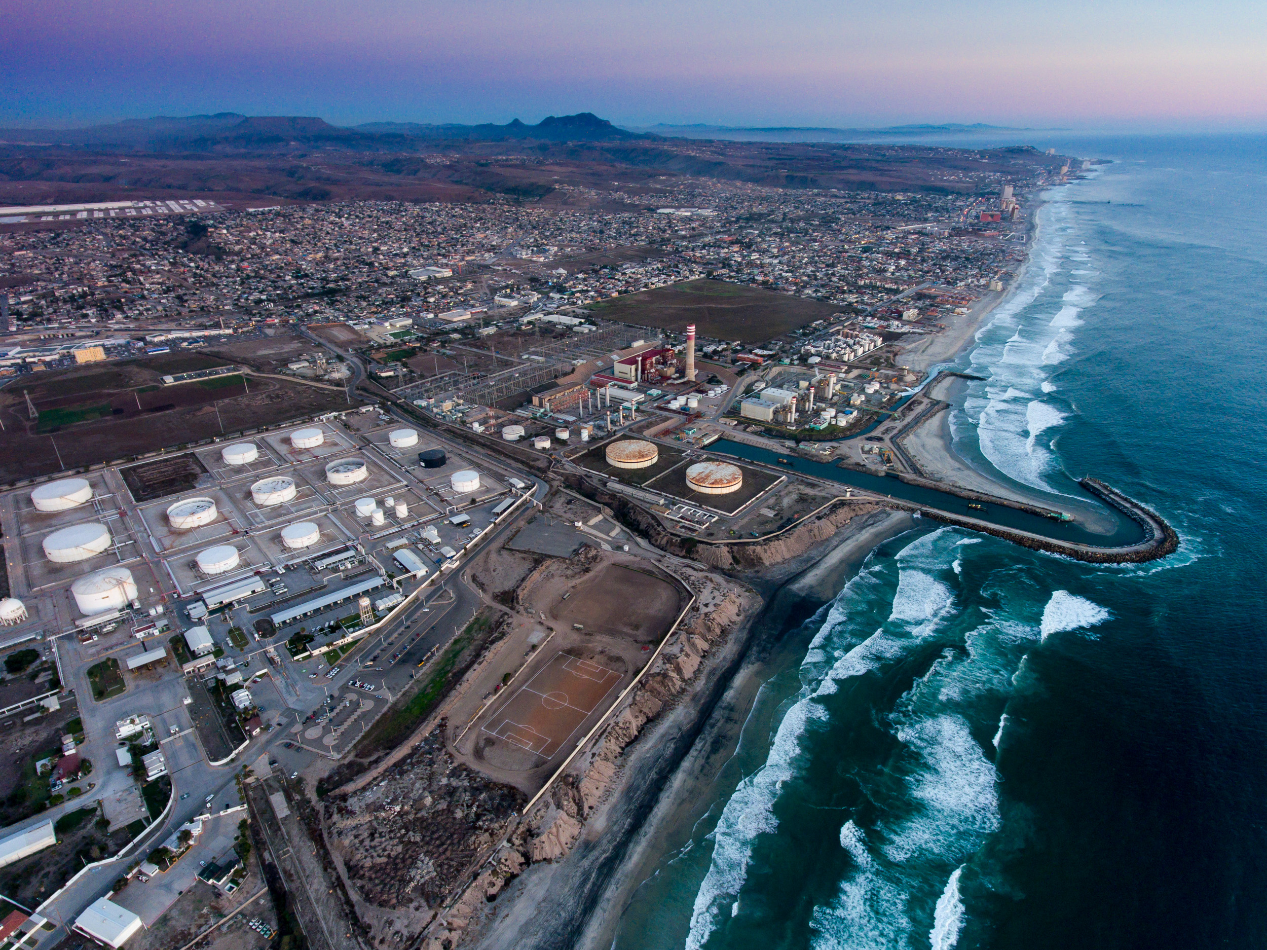 arial view pemex surf.jpg