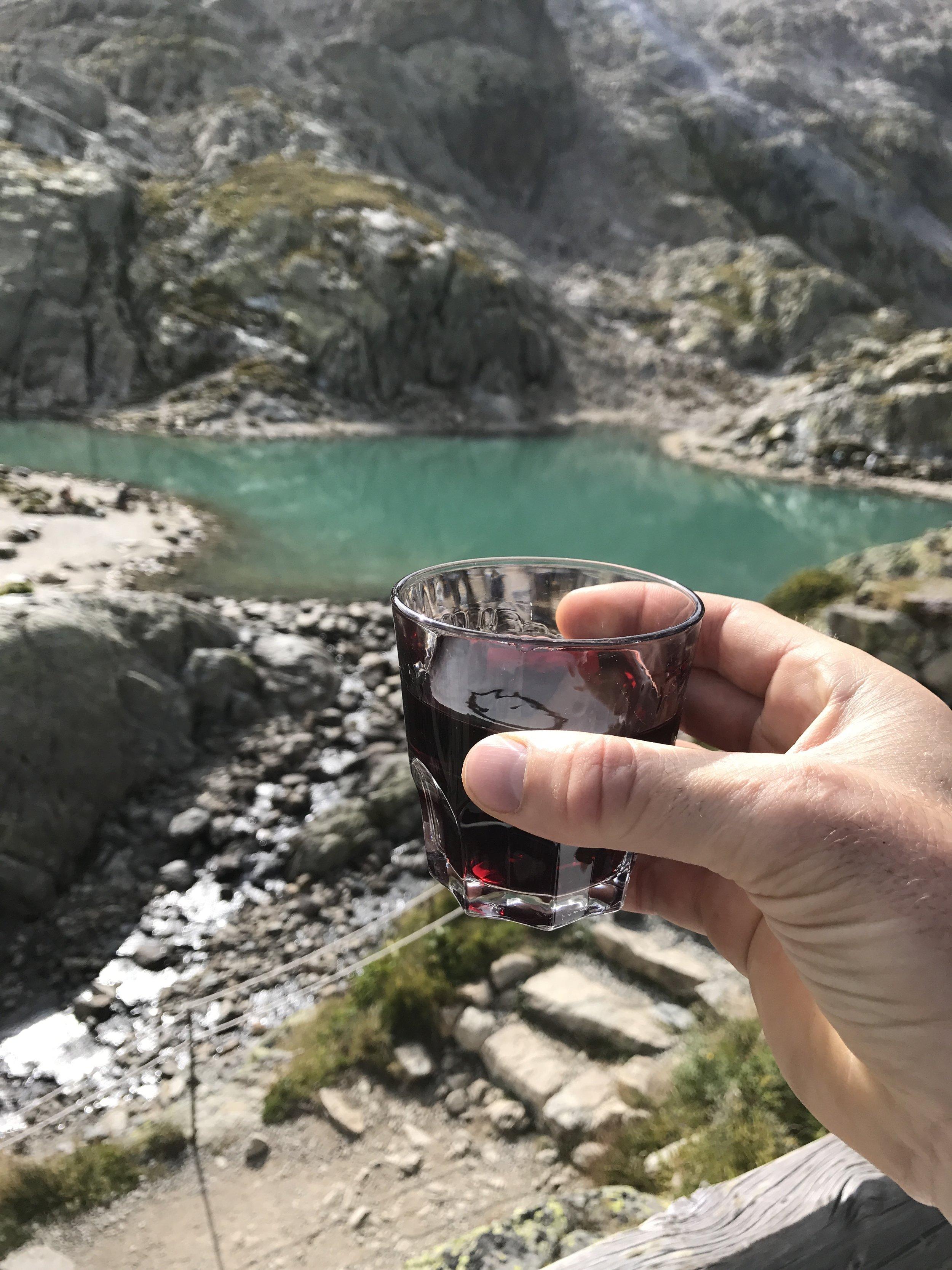 Refuge Lac Blanc.JPG