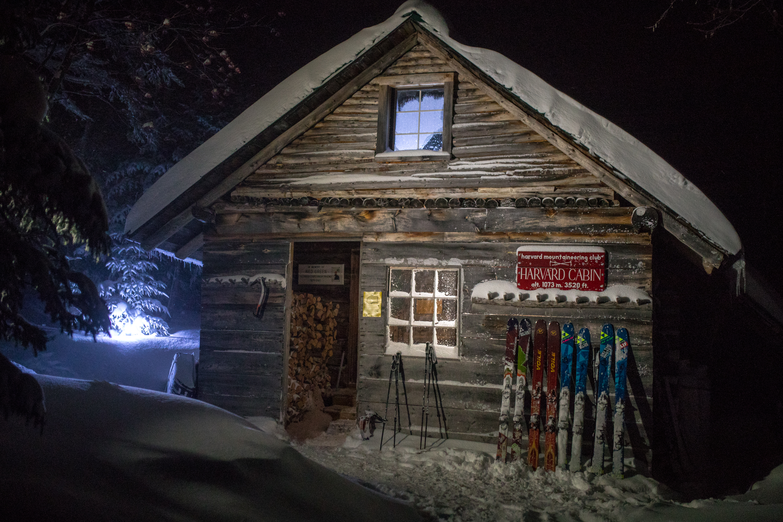 Harvard Cabin Huntington Ravine Skis.jpg