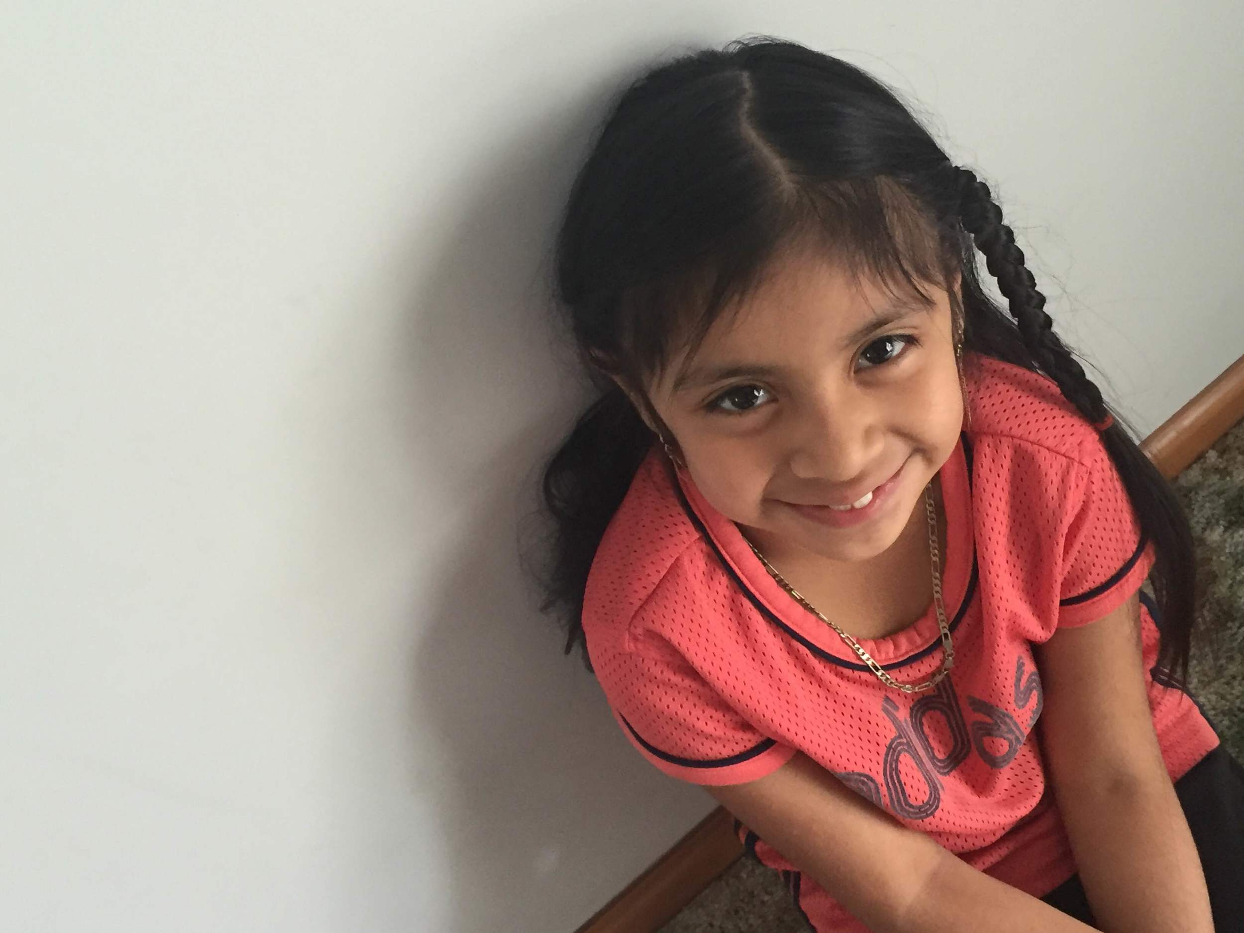 Mayra, 8