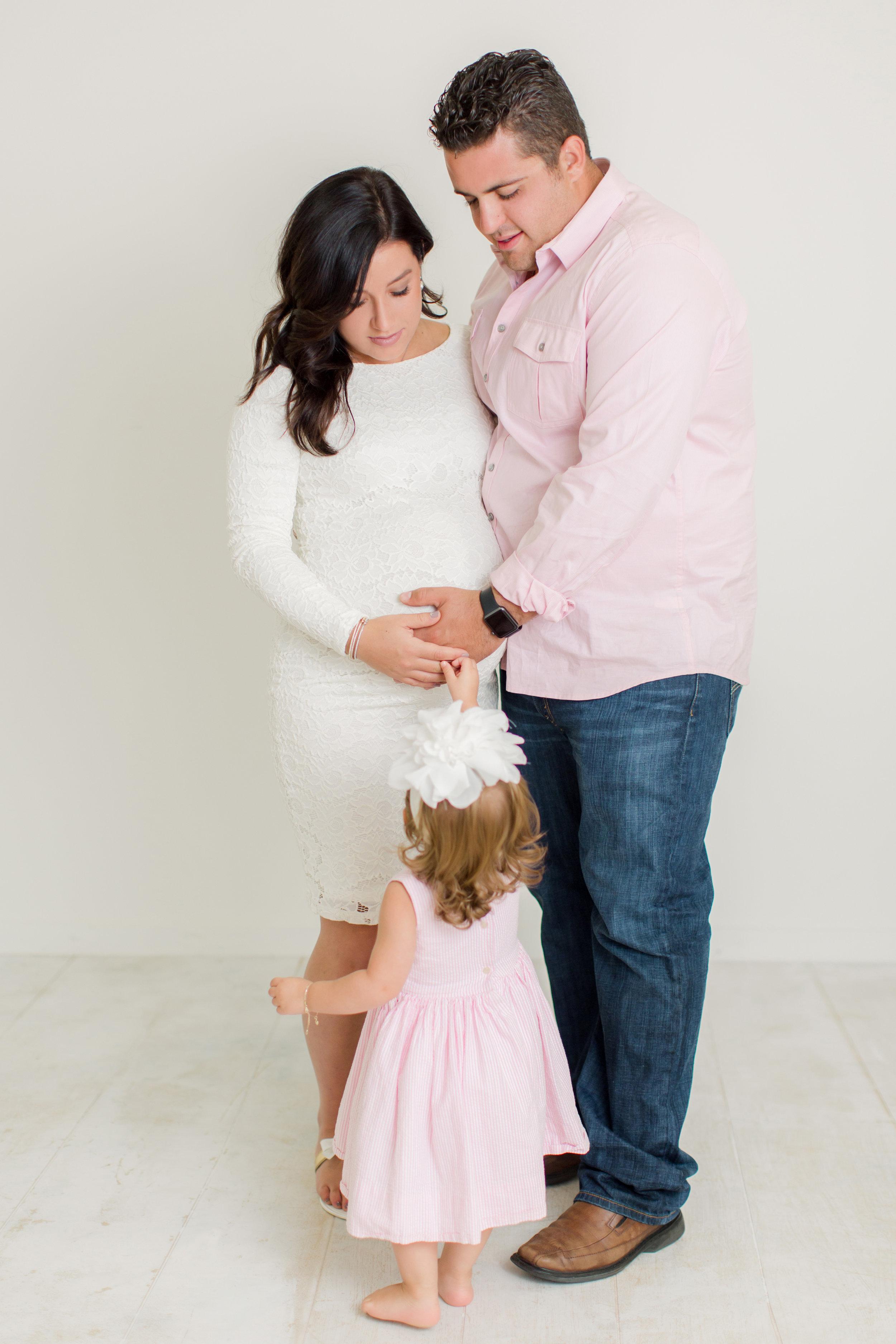 Munaco_Maternity2-10.jpg