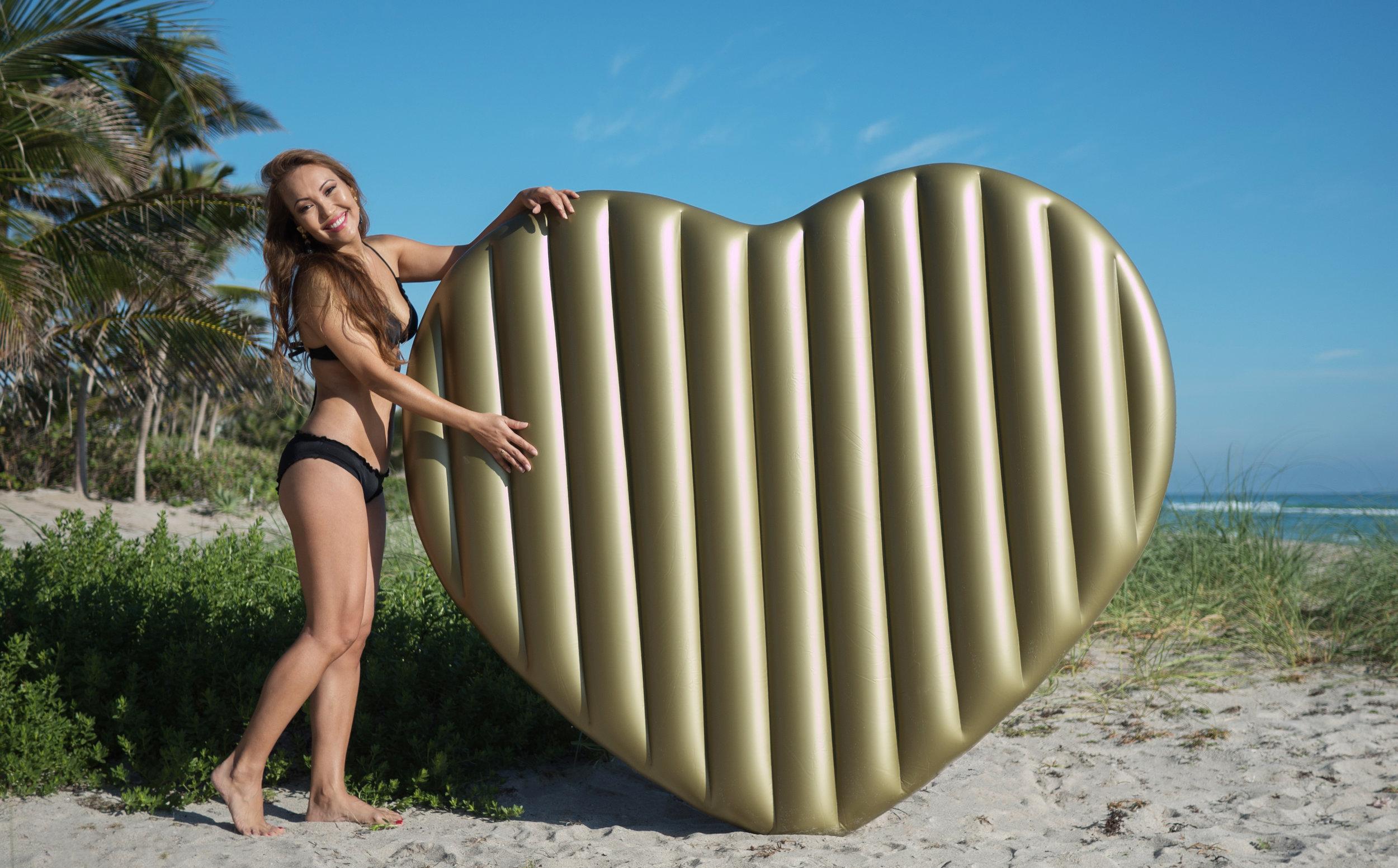 Julia and the Golden Heart 4 full.jpg