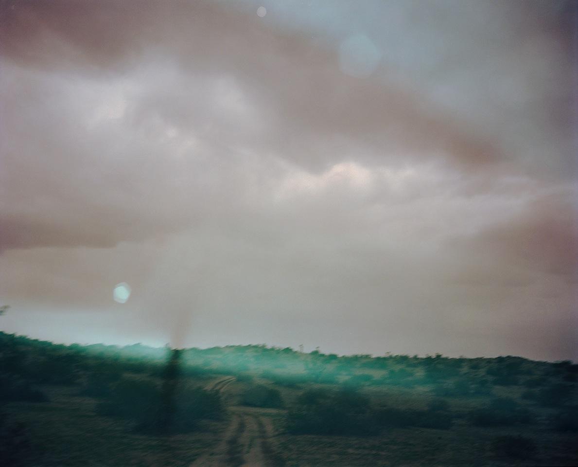 © Bryan Graf.   El Mirage, Invisible Paths  , 2017.