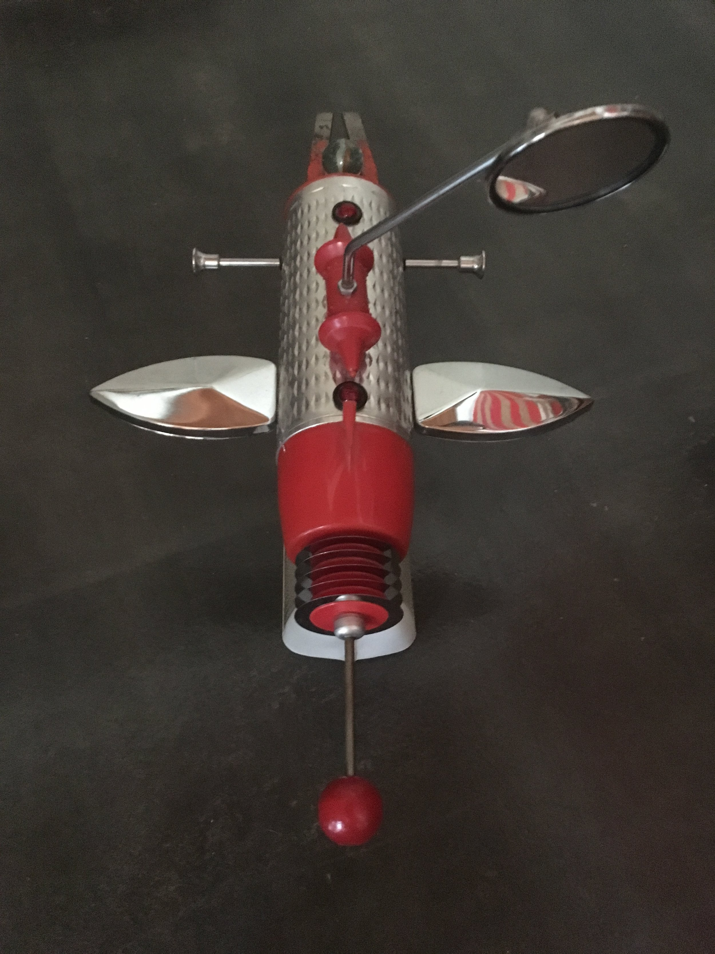 Gallery OonH-Jimmy Descant-Model 4710-Found Object Illuminated Assemblage-1998-13x11x7-1200.jpg
