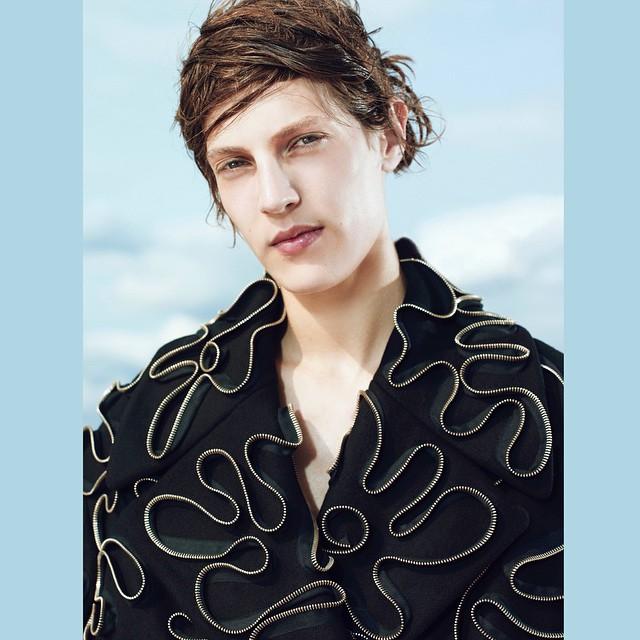 Othilia Simon  (@othiliasimon)  Shot by Dario Catellani  (@dariocatellani)  For Russh Magazine   (@russhmagazine)    HOUSEtribeca.com  photo-retouching house    #photo #photoshoot #photography #photographer #dariocatellani #style #styling #stylist #model #modeling #othiliasimon #mua #ralphsiciliano #retouch #retouching #housestudios #nyc #newyorkcity #editorial #hair #design #designer #fashion #fashioneditorial #fashionphotography