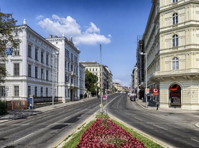 AWA Vienna - strategy   web   activation