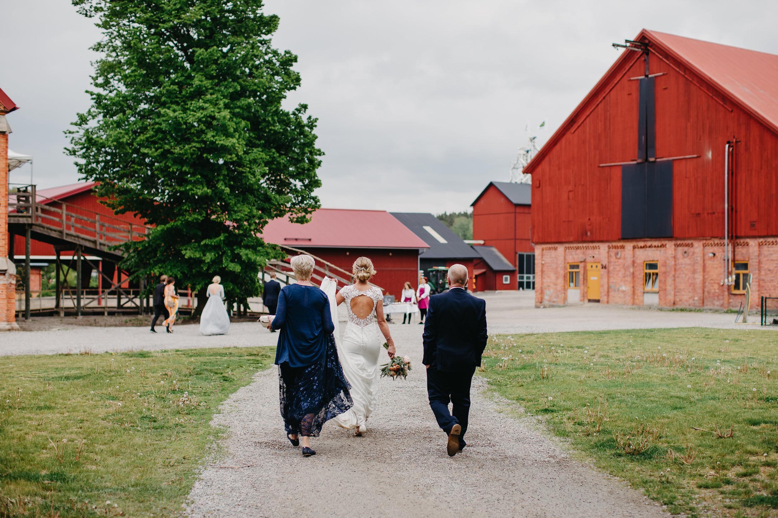 1 Juni 2019 Anna & Simon Bröllop Fotograf Nadine Rebecca 399.jpg