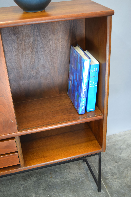 RDtop_books.jpg