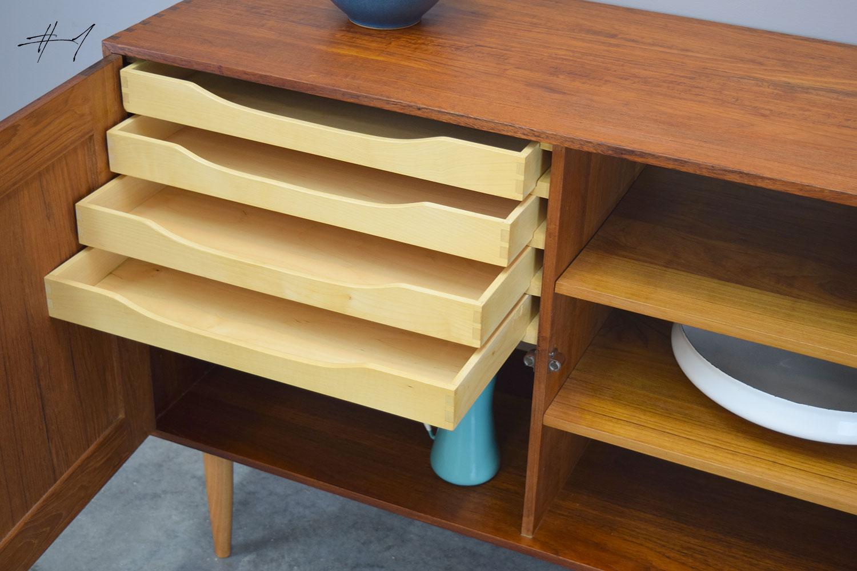 dovetail1_drawers.jpg