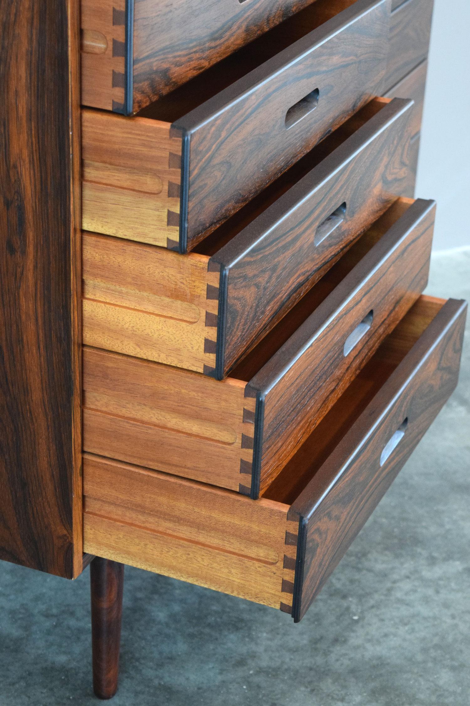 winding_drawers.jpg