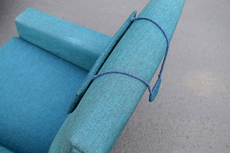 blue_backrest.jpg