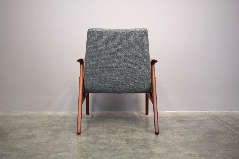 chair_back.jpg