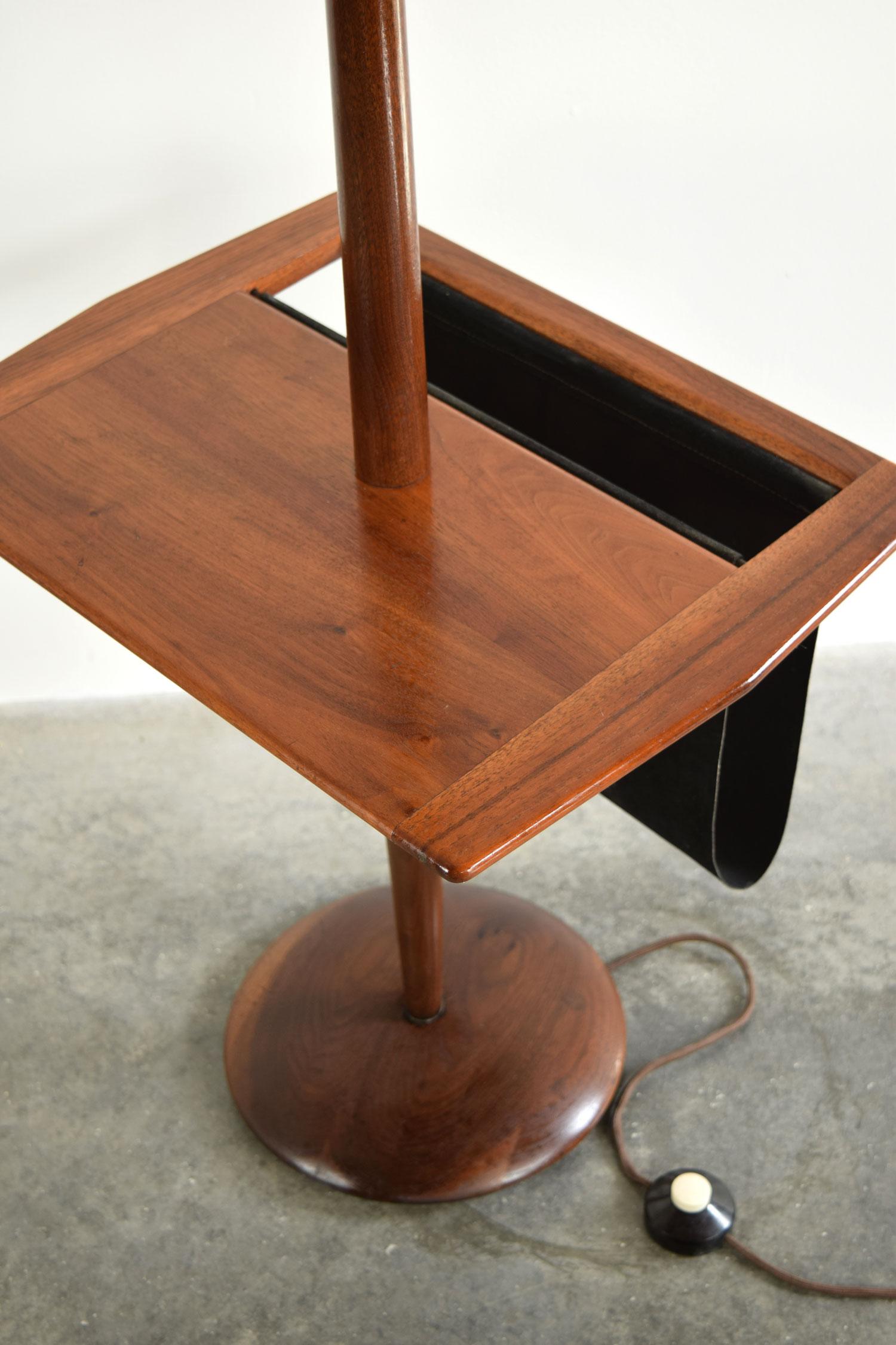 mag_table.jpg