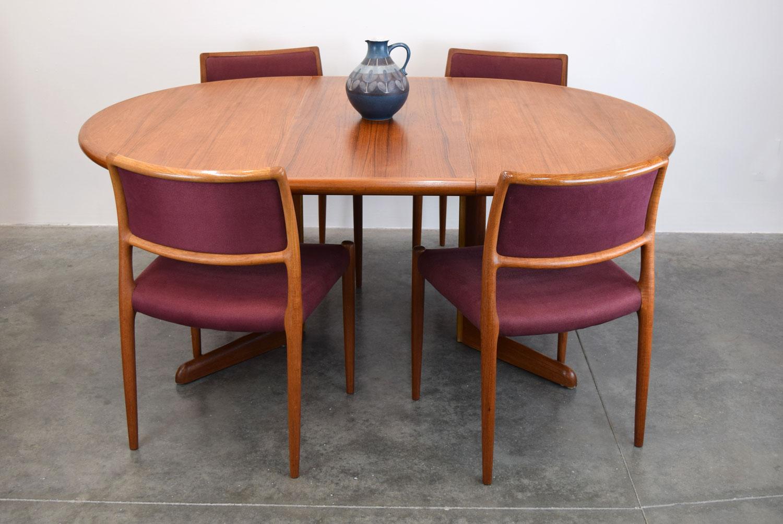 table_set1.jpg