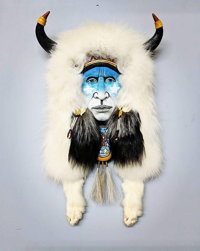 Kathryn Yauney Cherokee Mask💙  #cherokee #indigenousart #greywolfgallery