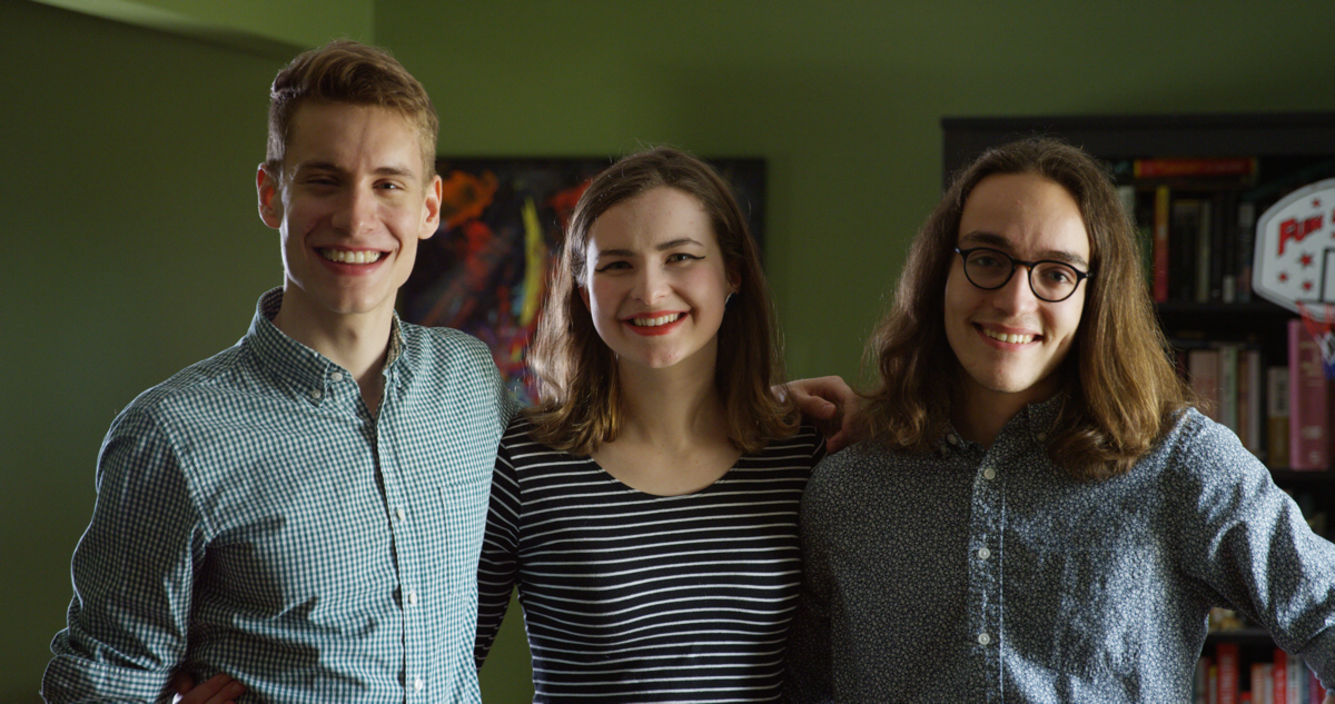 Blog-contributor Feo PS interviews two of the Green Medium's co-founders, Elizabeth Gierl (centre)and Matt Gwozd (right),to figure out what lessons people can take from The Green Medium and apply to their own environmental engagement and advocavy work.