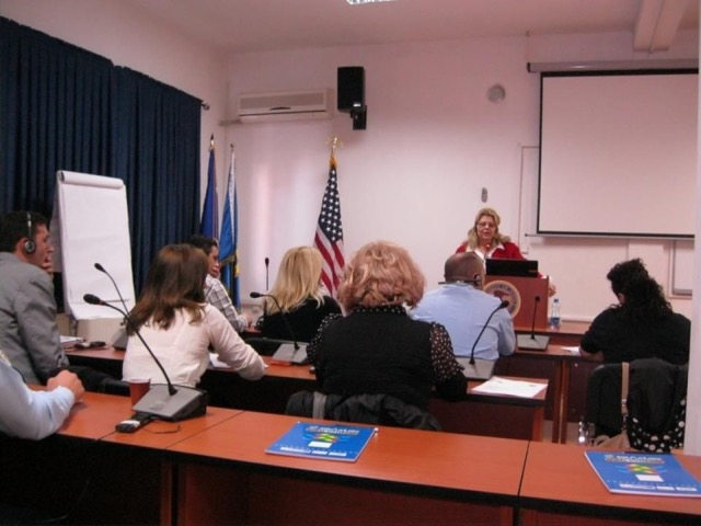 Kosovo - training DOJ employees