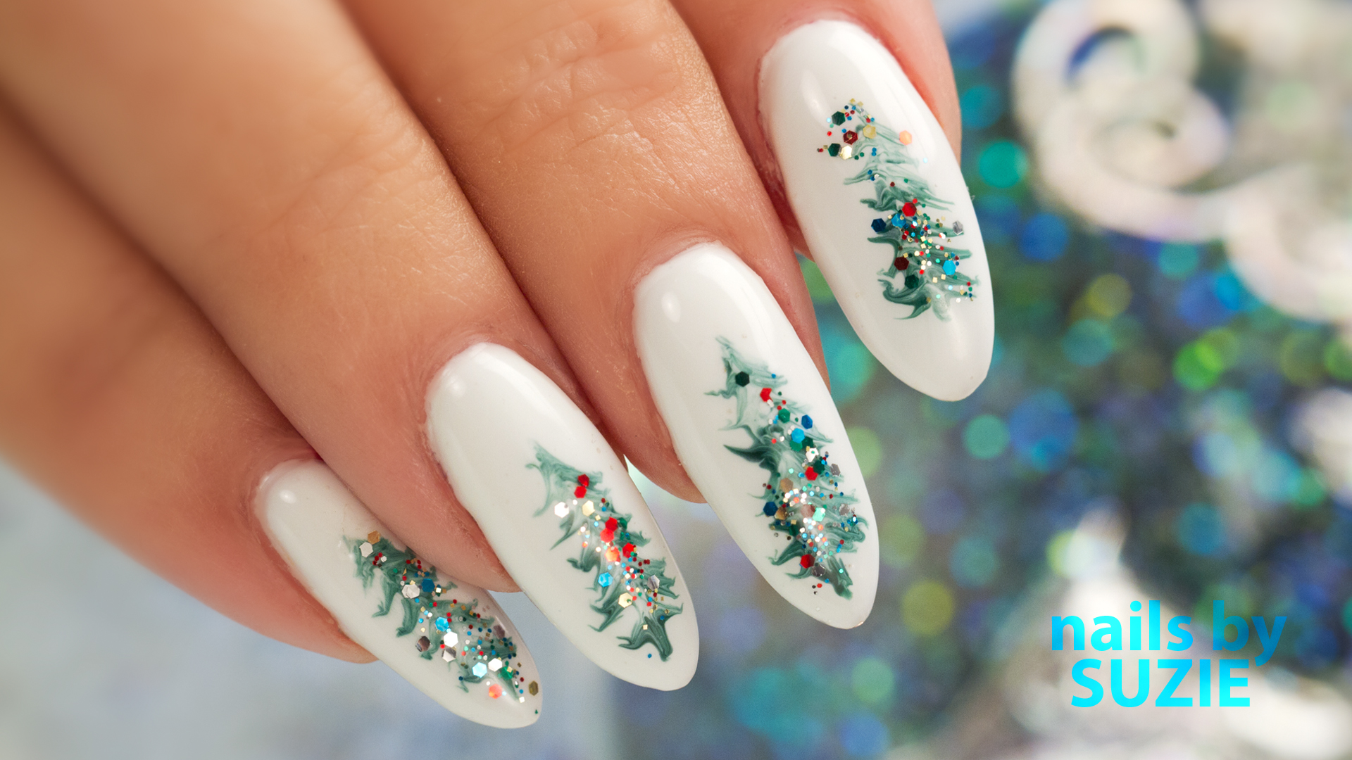 Suzie-Christmas-Tree-Nails.jpg