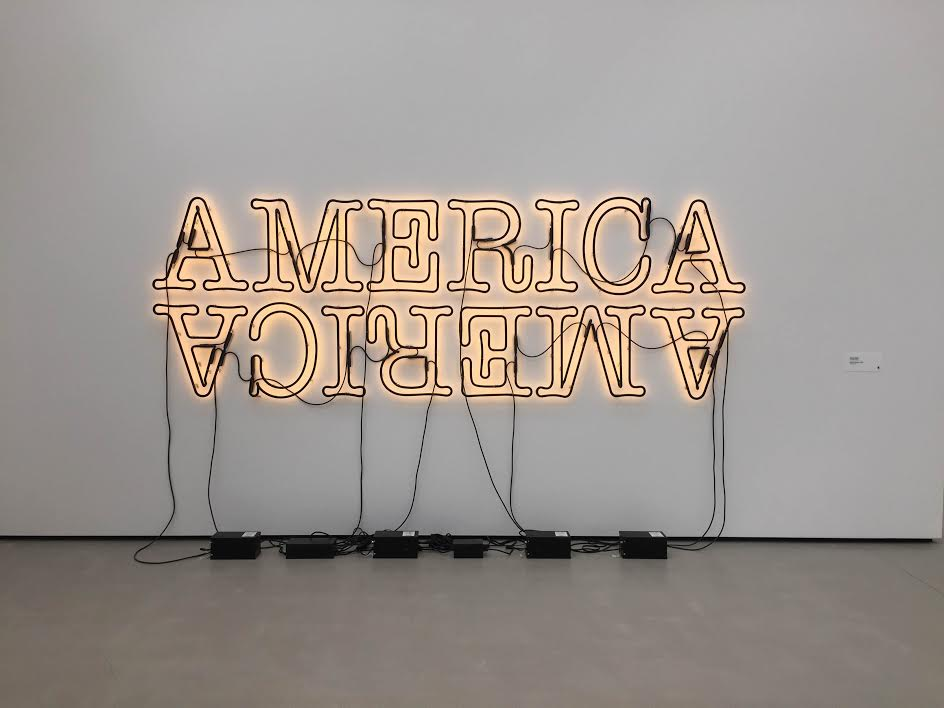 Glenn Ligon,  Double America 2, 2014. Neon and paint.