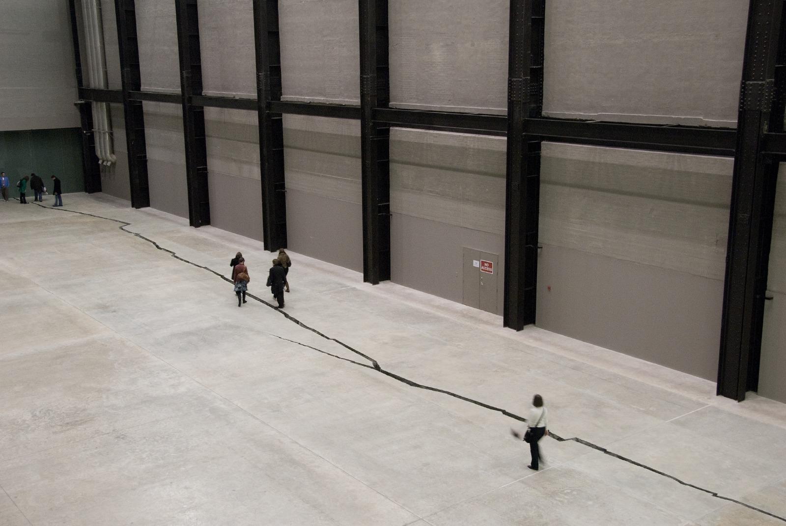 "Doris Salcedo, ""Shibboleth"", 2007 in the Tate Modern's Turbine Hall. Photo Credit: The Nasher Sculpture Center."