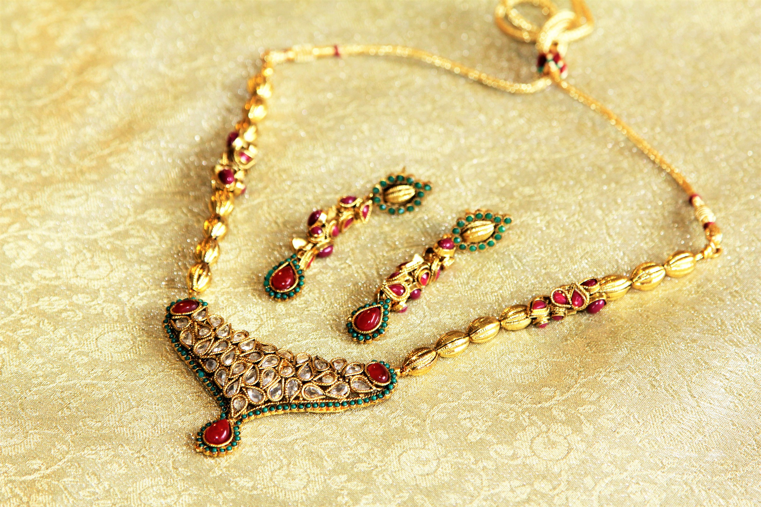 'Royalty' Necklace and Earrings