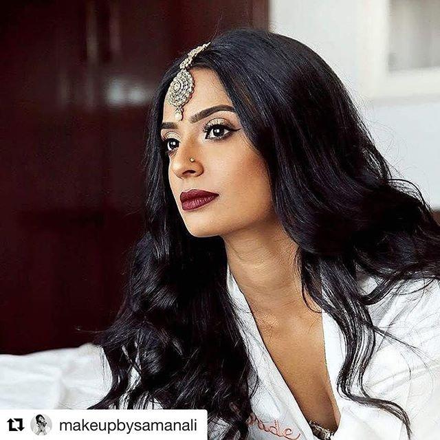 #Repost @makeupbysamanali (@get_repost) ・・・ Part 2 of The Modern Bride Series for @gatherandstitch_beauty  Hair 💇 by @helanisarathkumara Makeup 💄by @makeupbysamanali for @gatherandstitch_beauty  Model: Hema Jewellery: @lamyrajewels  Saree: @sareesinstyle