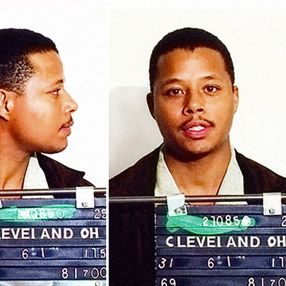 Terence Howard, 2000    Terrence Howard was arrested  in August 2000 for allegedly assaulting a Continental Airlines flight attendant. Howard was placed under arrest when the flight landed in Cleveland, Ohio. The misdemeanor charges were later dropped due to lack of jurisdiction.