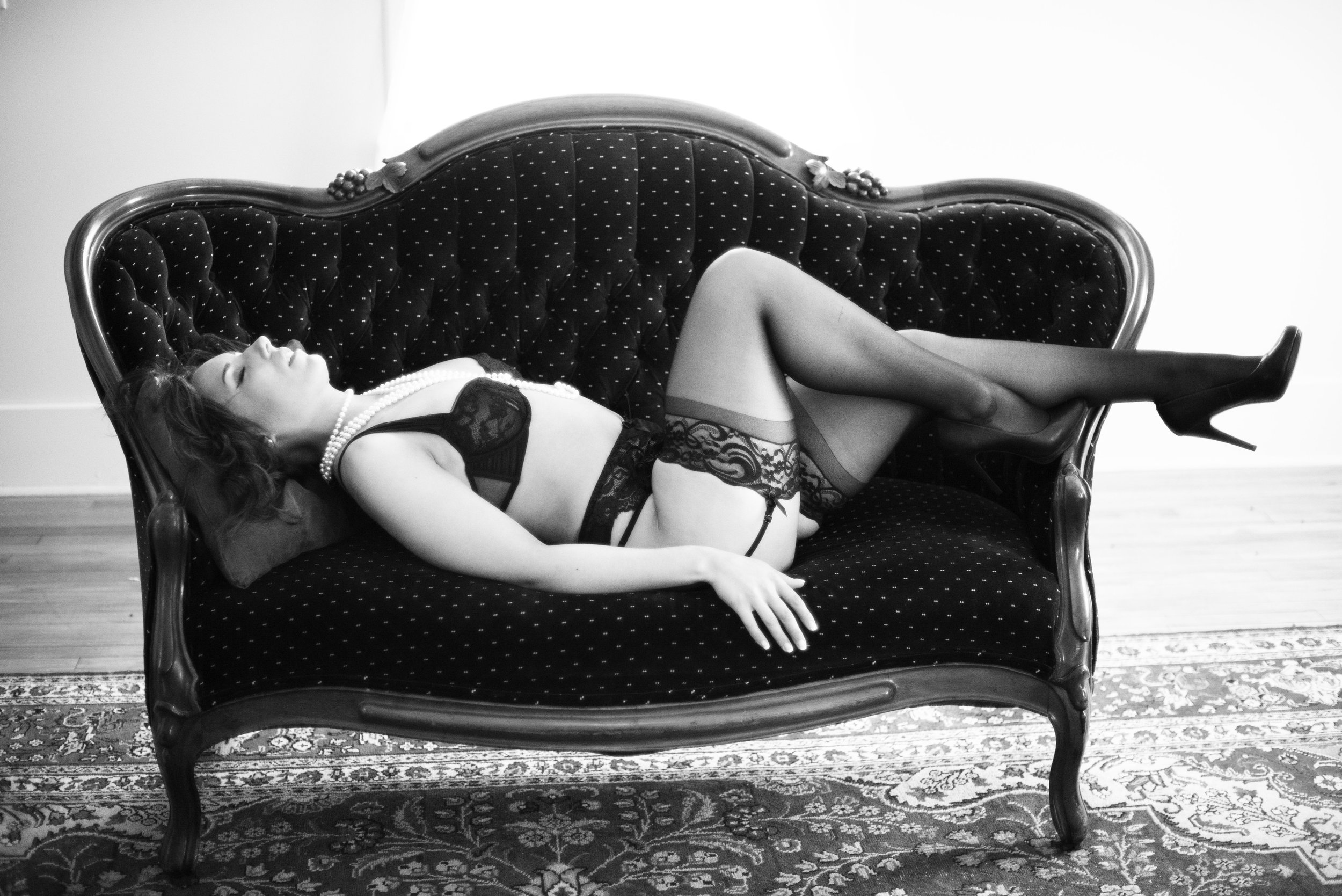 Fine Art Indianapolis Boudoir Photographer with a Natural Light Studio in Noblesville