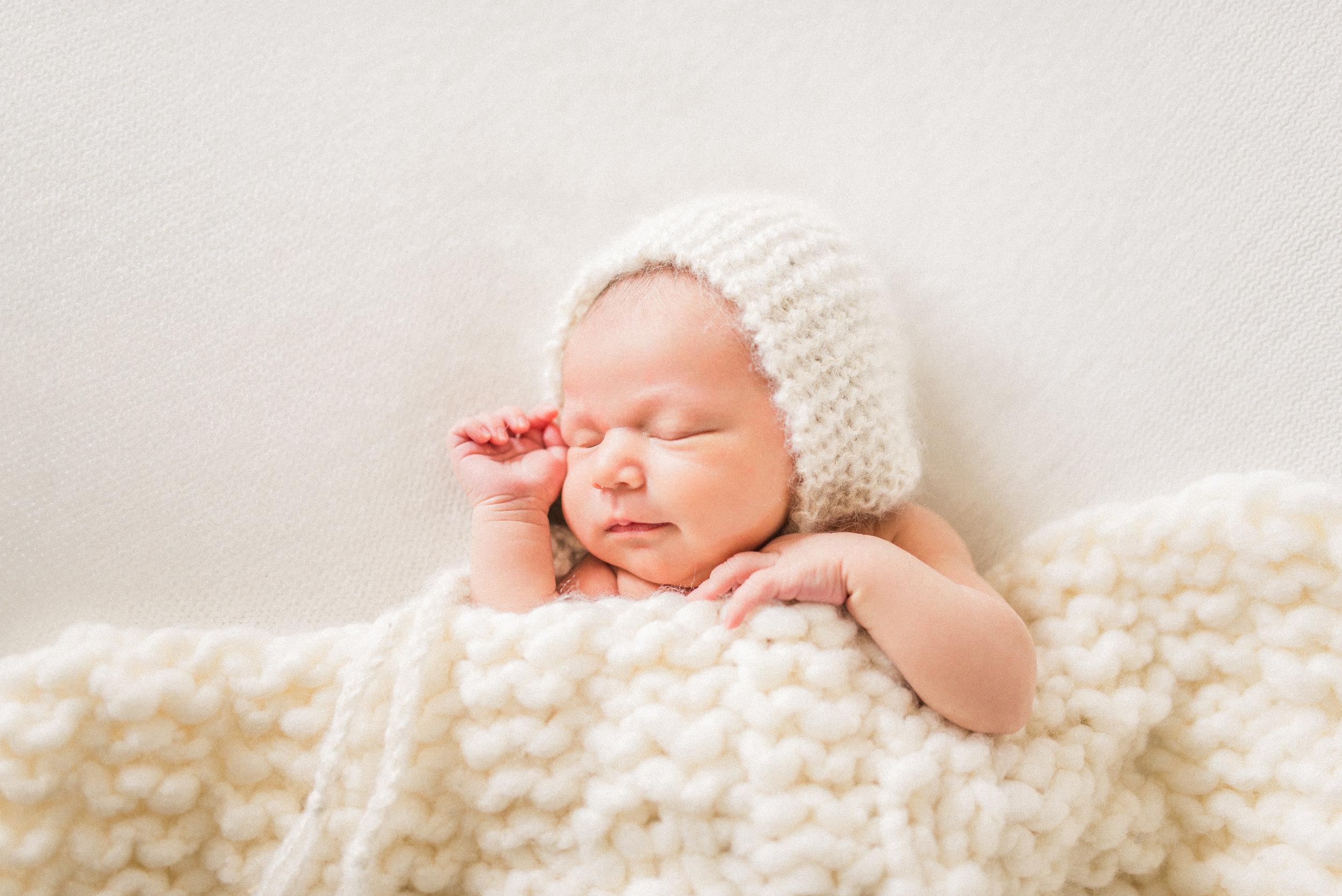 Olivia | Cozy & Bright Newborn Photography | Noblesville, IN