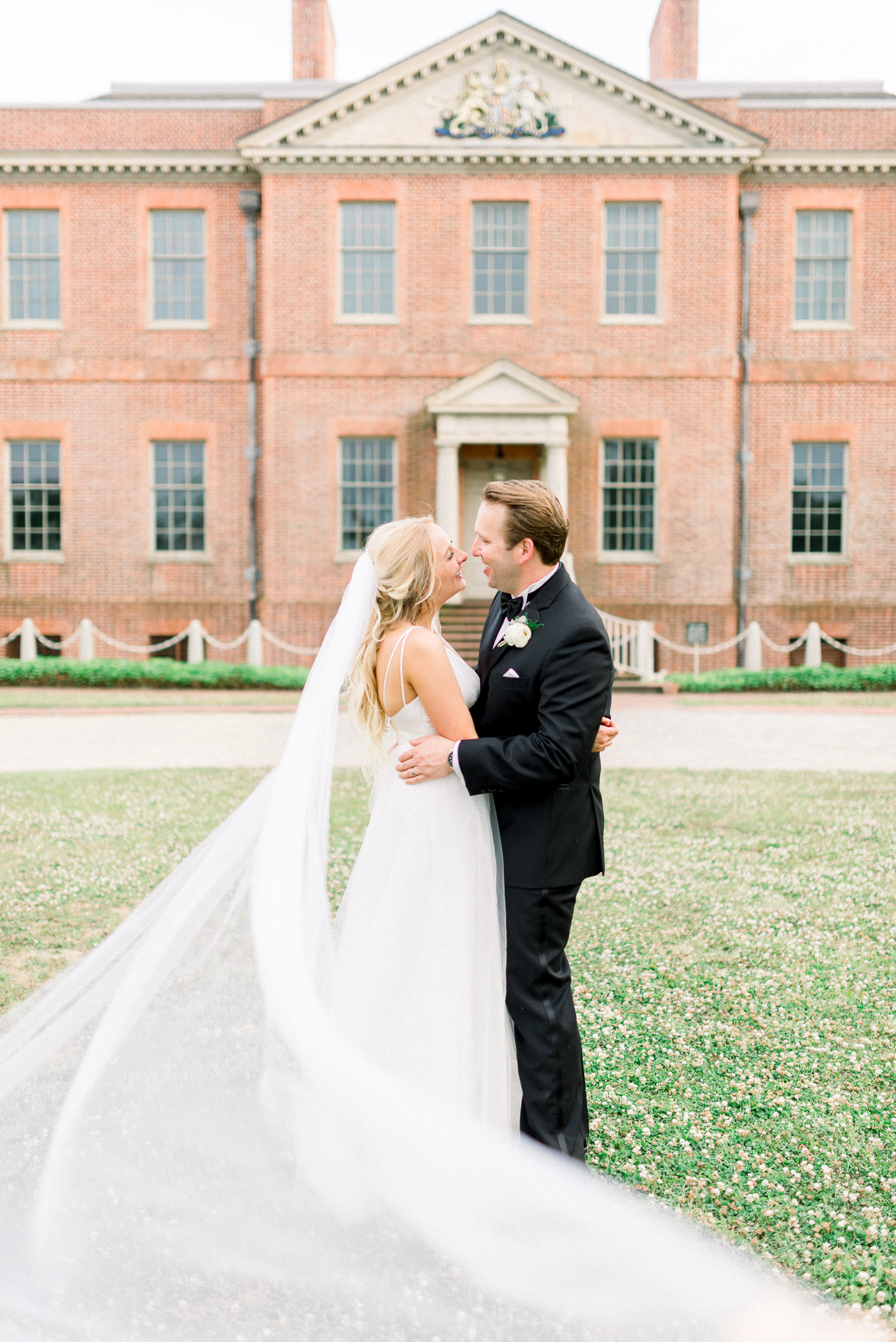 KEEPSAKE$3,600 - Unless you are planning to have a lengthy ceremony or are wanting full coverage of hair and makeup, then this package should be perfect for your needs. It covers everything important while leaving a little extra breathing room.8 Hours of Wedding Day Coverage2 PhotographersOptional Complimentary Honeymoon Session (depending on location and travel dates)Preview Blog PostOnline GalleryHigh Resolution Download PINPrint Options & Print ReleaseDiscounted Anniversary Session