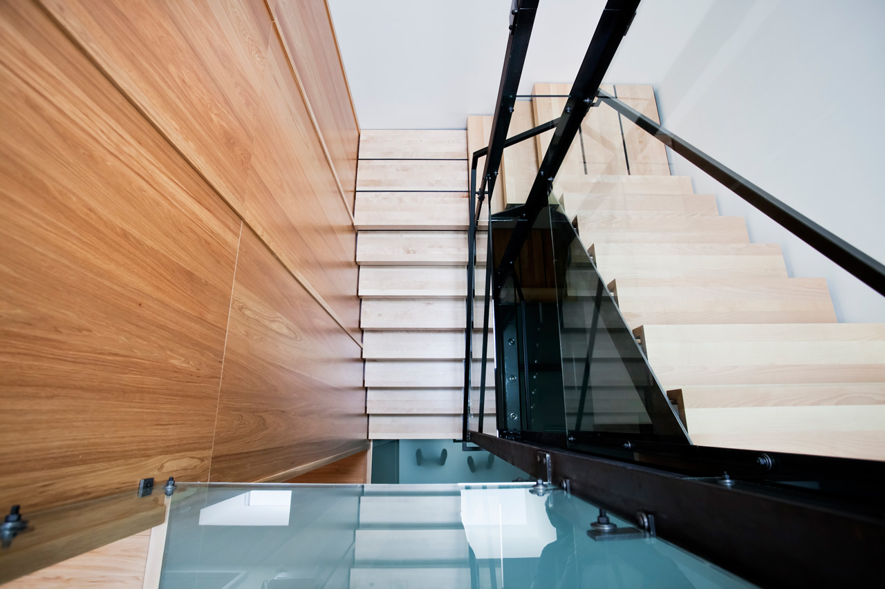 Design:   P  aul Bernier architecte   Fabrication: Gepetto  Photo: Drew Hadley