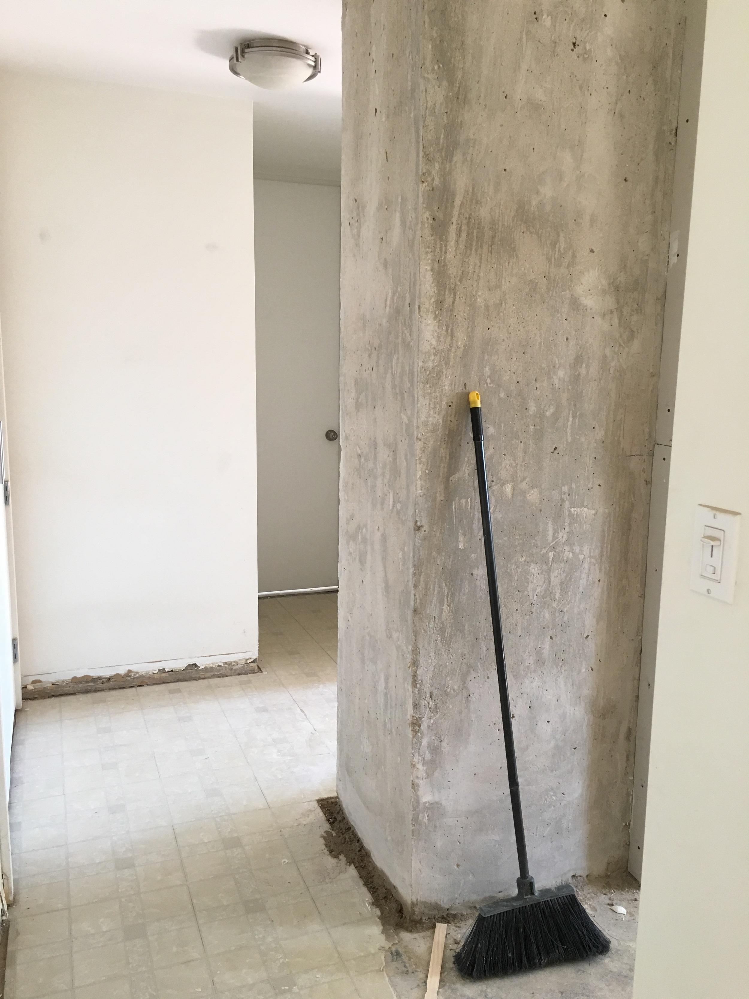 Column where hallway meets kitchen