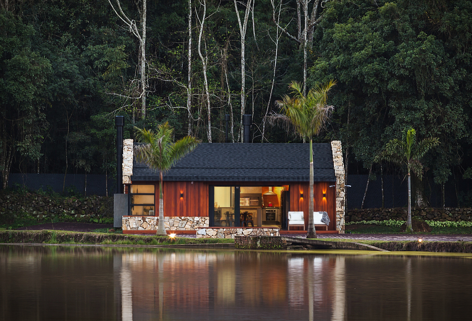 lake-house-retreat.jpg