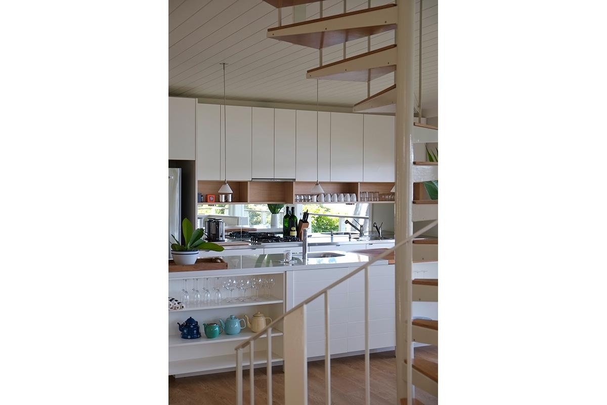 Clareville Beach House by Lynne Bradley Interiors