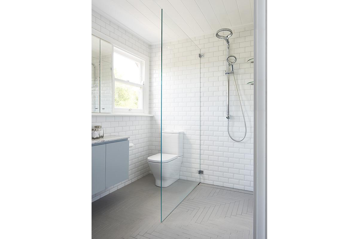 Killara-Familybathroom-by-LynneBradleyInteriors.jpg