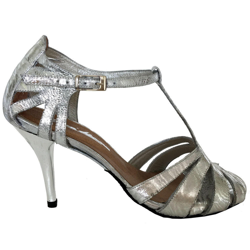 18-custom-tango-shoes.jpg