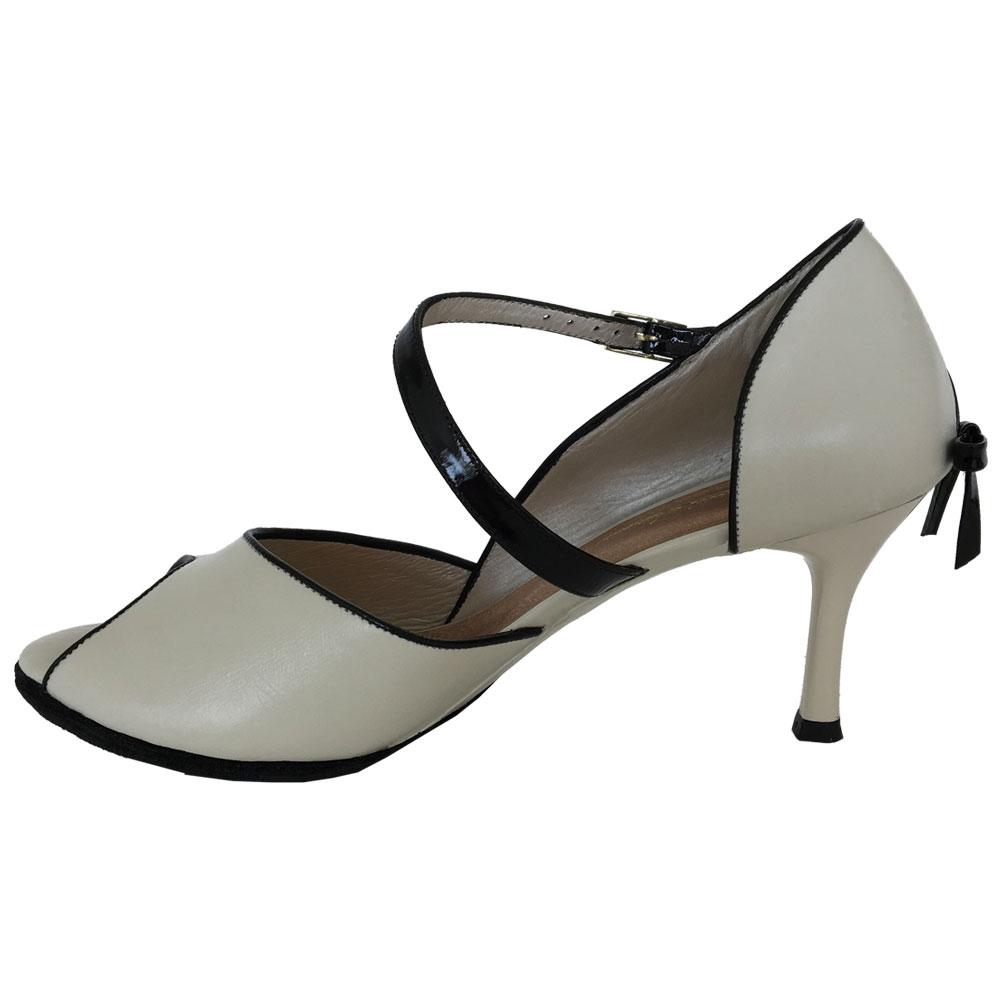16_1-custom-tango-shoes.jpg