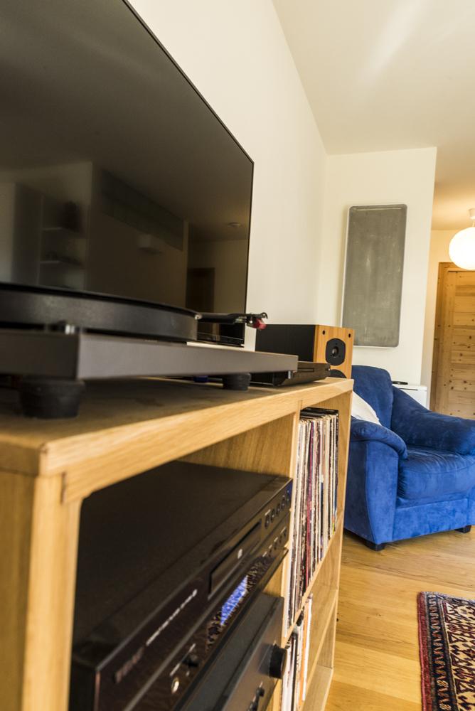 Apartment Betty Alpineeco Robbie Callow 091015-20.jpg